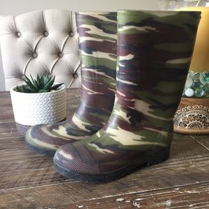 Other - Kids Camo Rainboots